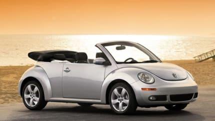 2010 Volkswagen New Beetle - 2dr Convertible (2.5L)