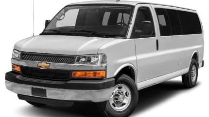 2018 Chevrolet Express 3500 - Rear-wheel Drive Extended Passenger Van (LS)