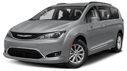 2018 Chrysler Pacifica - Front-wheel Drive Passenger Van (Touring Plus)