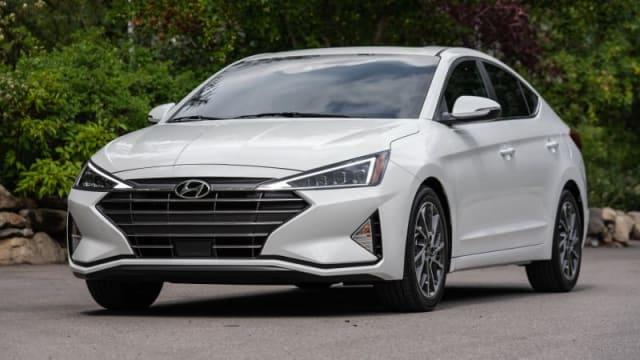 Hyundai Elantra 2020 Review.Hyundai Elantra Prices Reviews And New Model Information