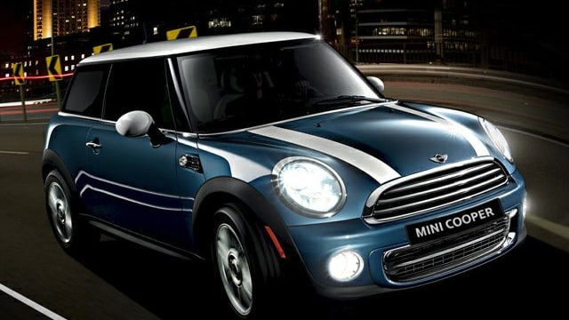 mini cooper prices reviews and new model information autoblog. Black Bedroom Furniture Sets. Home Design Ideas