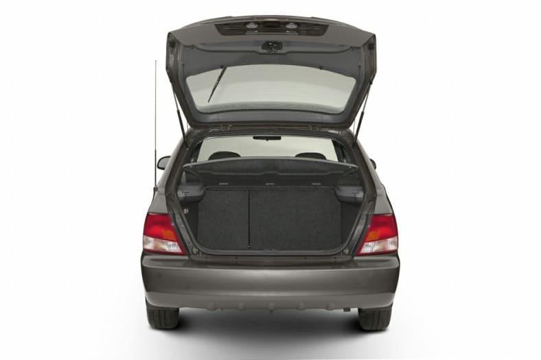 2002 Hyundai Accent Exterior Photo
