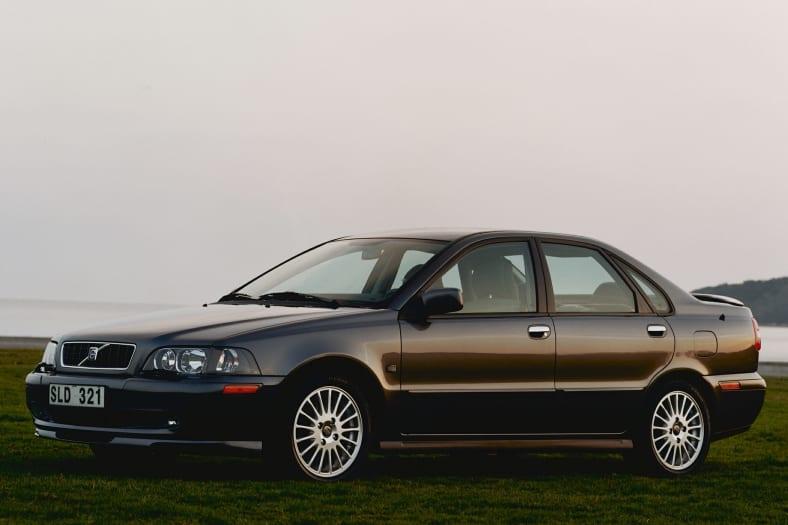 2003 S40