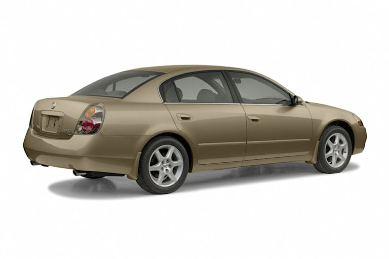 2004 Nissan Altima Exterior Photo