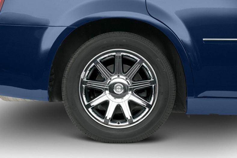 2005 Chrysler 300C Exterior Photo