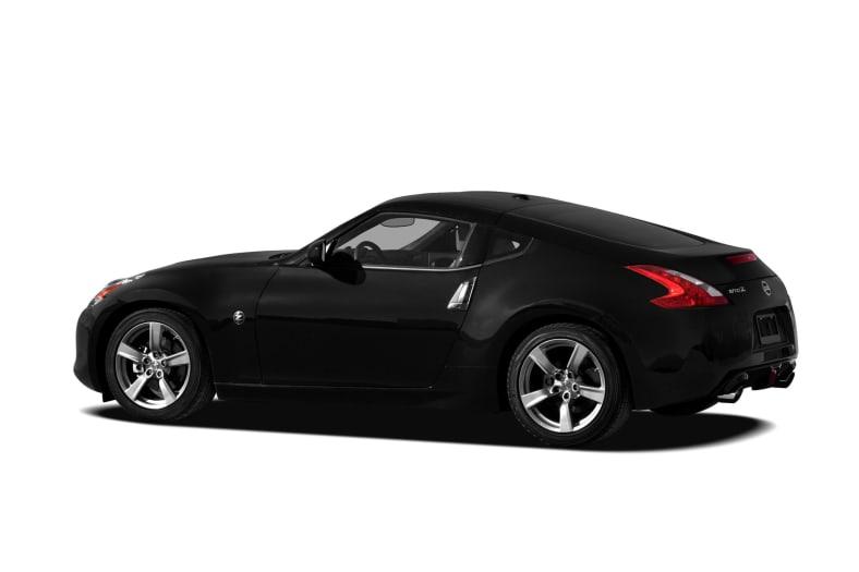 2010 Nissan 400z   Upcomingcarshq.com