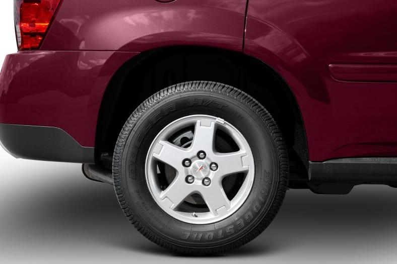 2009 Pontiac Torrent Exterior Photo