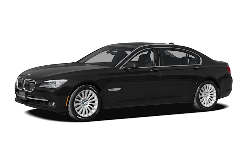 2010 BMW 750 Pictures