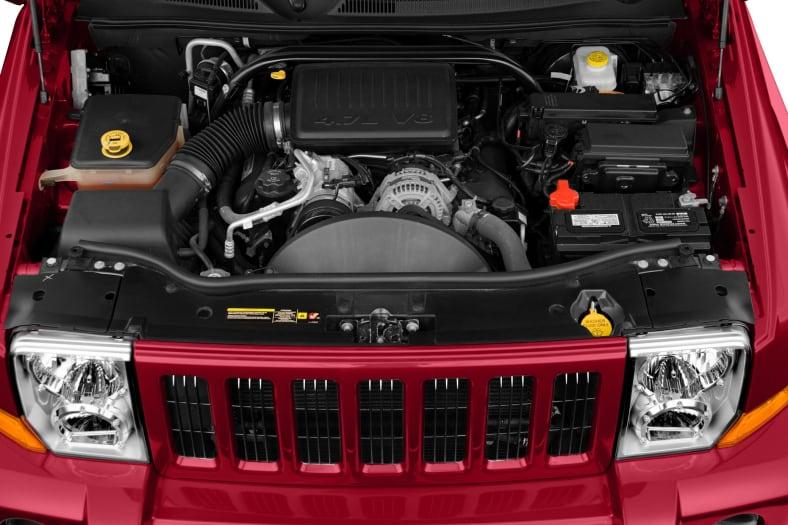 2010 Jeep Commander Pictures