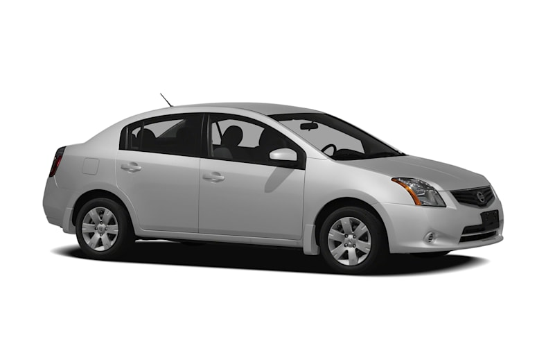 2010 Nissan Sentra Pictures