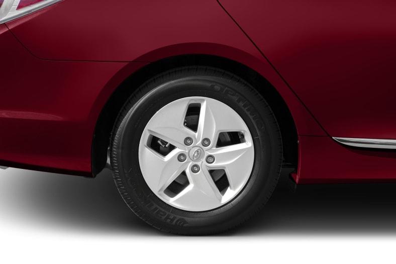 2014 Hyundai Sonata Hybrid Exterior Photo
