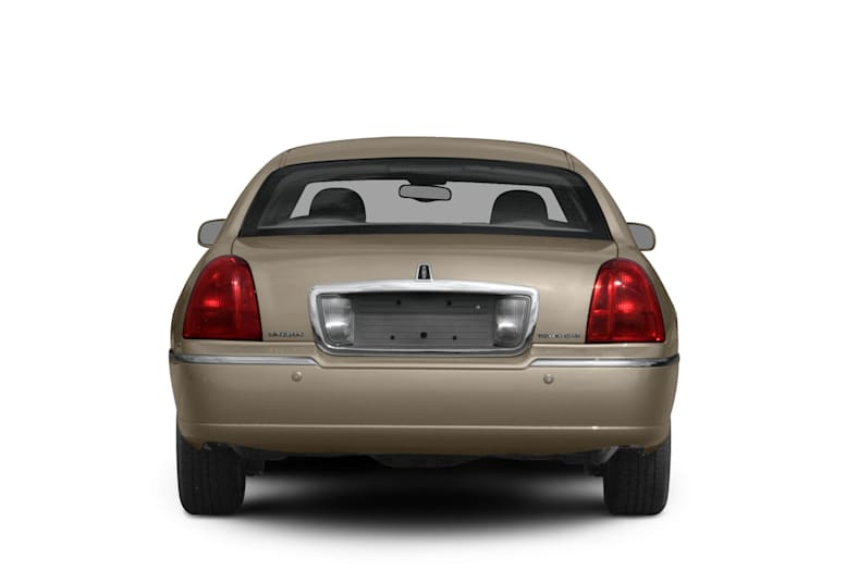 2011 Lincoln Town Car Exterior Photo