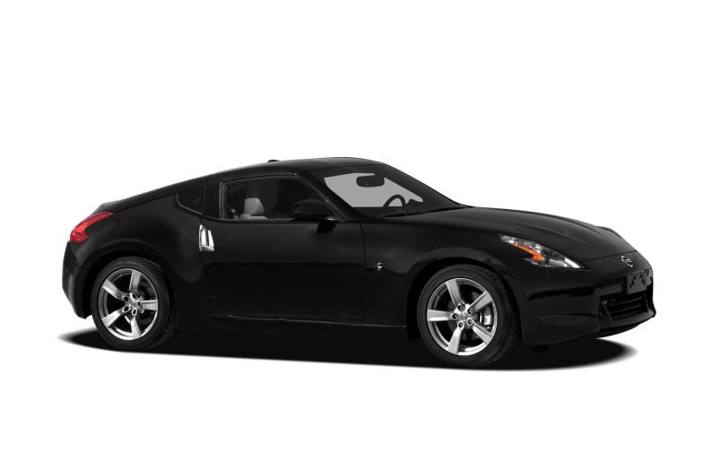 Nissan Sports Car >> 2011 Nissan 370z Information