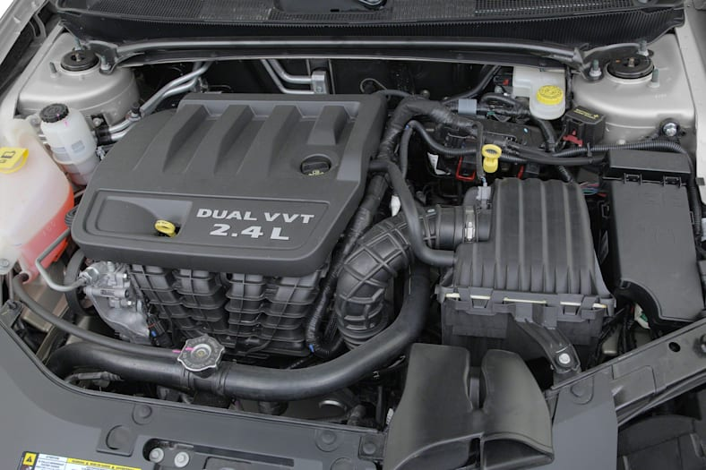 2012 Chrysler 200 Crash Test Ratings