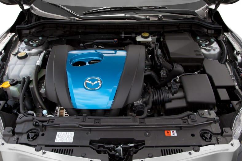2012 Mazda Mazda3 i Grand Touring SKYACTIV 4dr Hatchback Equipment