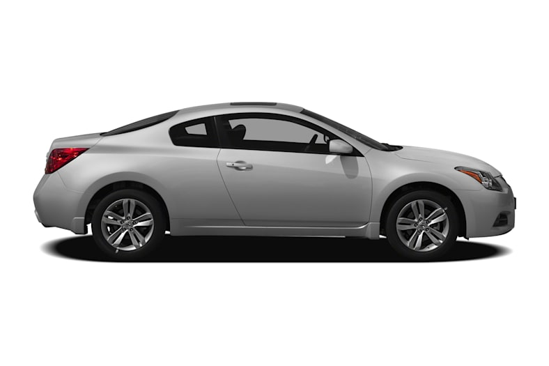 2017 Nissan Altima 2 5 S 2dr Coupe Information