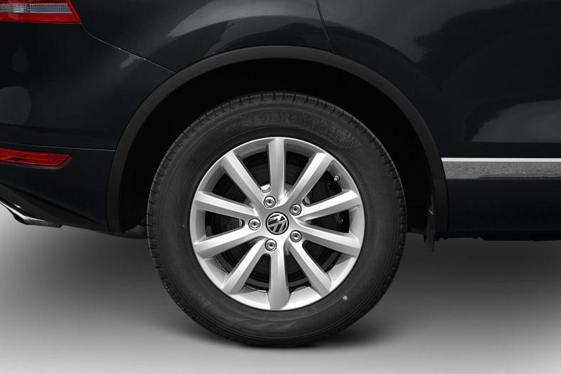 2013 Volkswagen Touareg Exterior Photo
