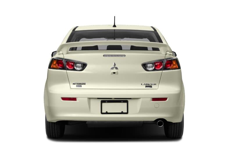 Стоит ли покупать Mitsubishi Lancer в кредит?