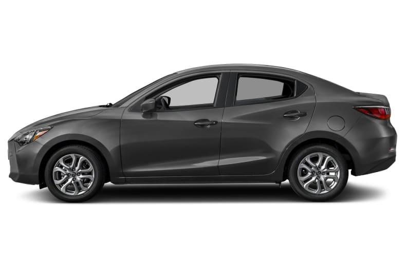 2017 Toyota Yaris iA Exterior Photo