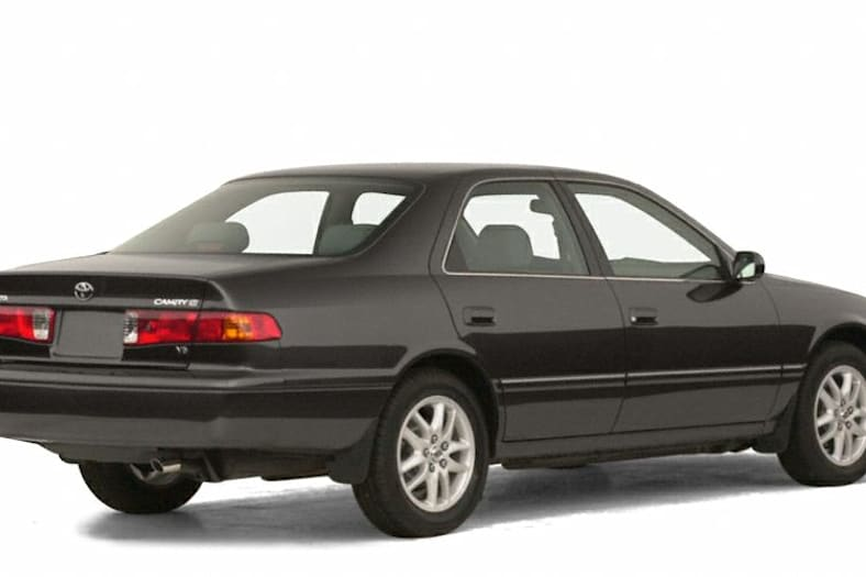 2001 Toyota Camry Xle V6 4dr Sedan Pictures