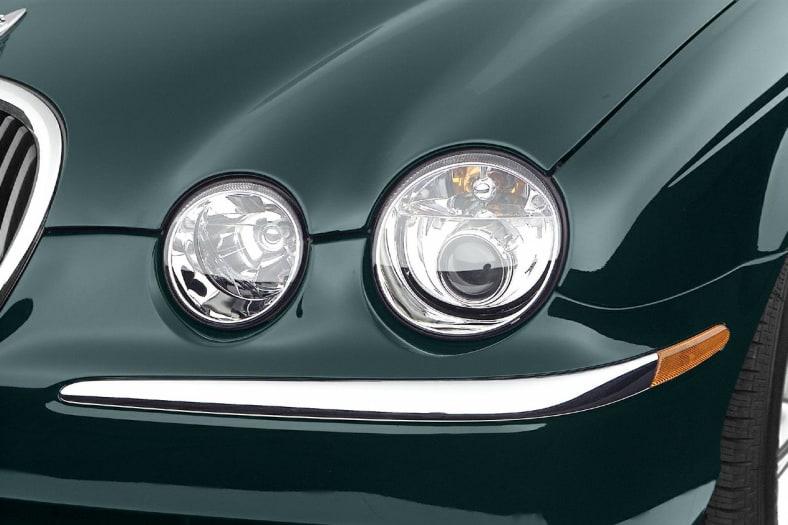 2004 Jaguar S Type Pictures