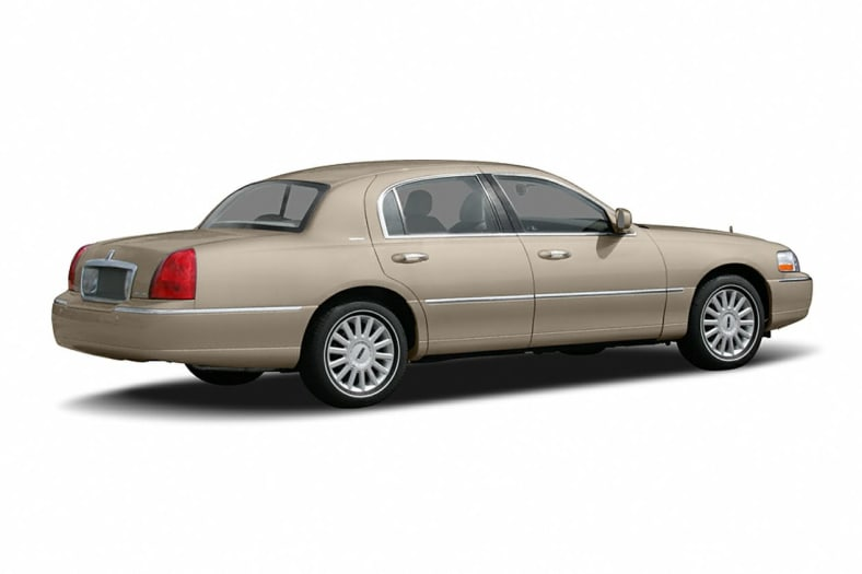 2005 Lincoln Town Car Exterior Photo