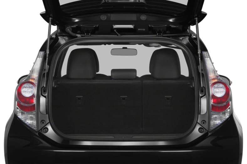 2014 Toyota Prius c Exterior Photo