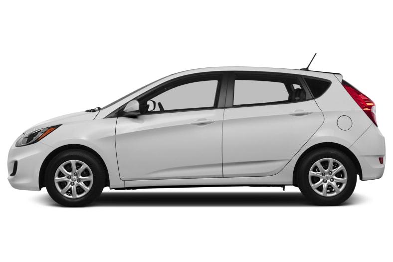 2013 Hyundai Accent Pictures