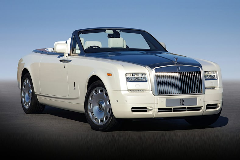 2016 Rolls-Royce Phantom Drophead Coupe Exterior Photo