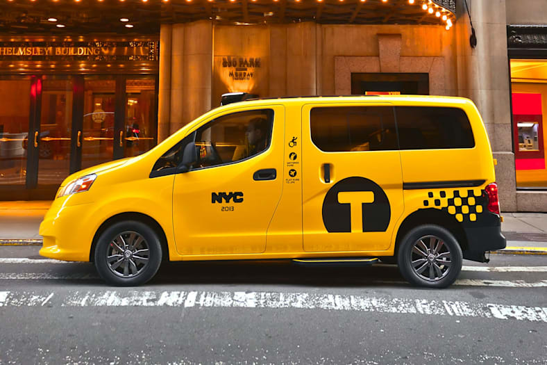 2017 Nissan NV200 Taxi Exterior Photo