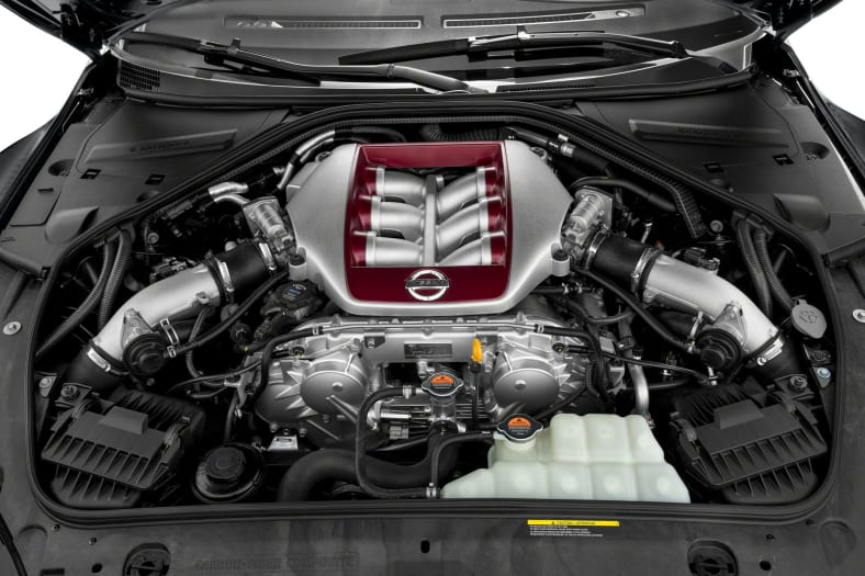 2015 Nissan GT-R Exterior Photo