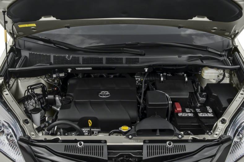 2017 Toyota Sienna Exterior Photo