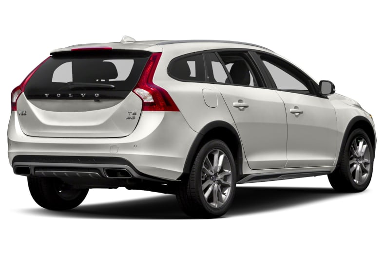 2018 Volvo V60 Cross Country Pictures