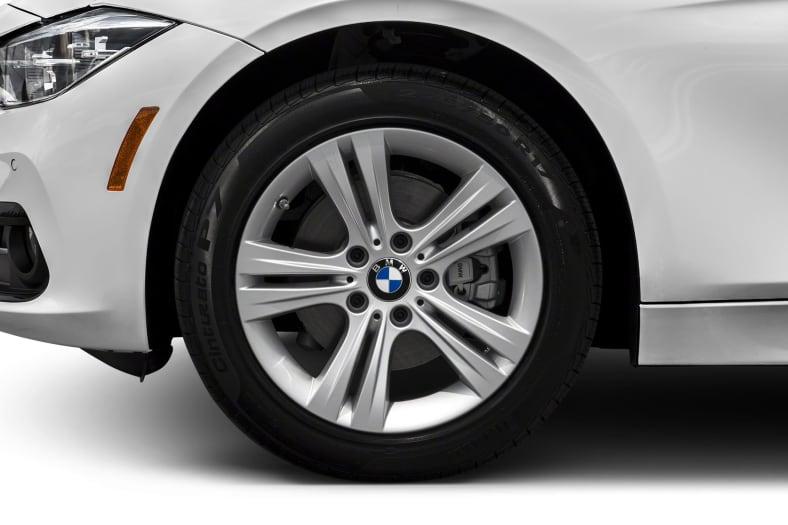 2018 BMW 330 Exterior Photo