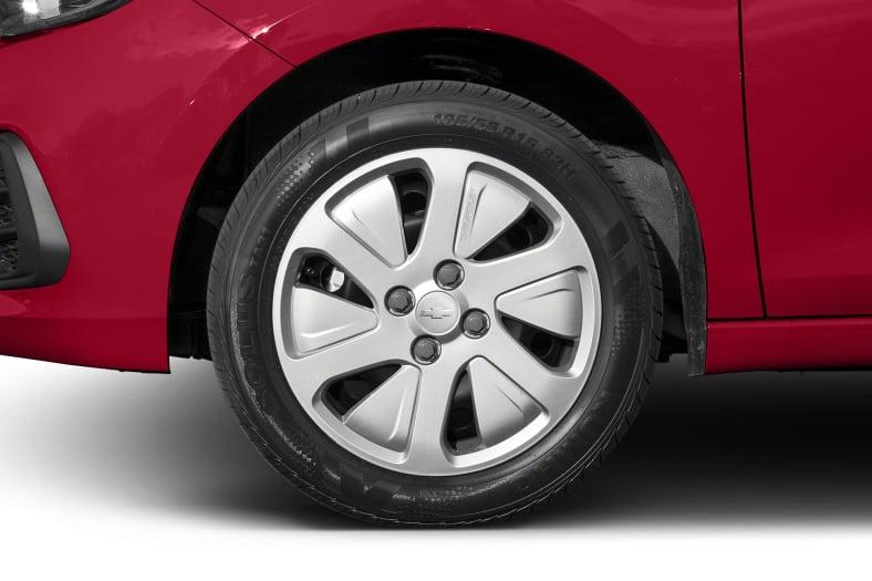 2017 Chevrolet Spark Exterior Photo