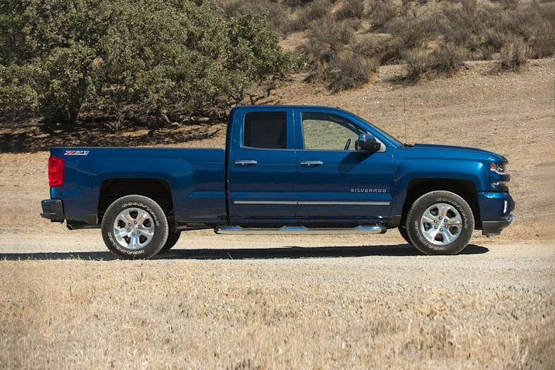 2019 chevrolet silverado 1500 ld lt w  1lt 4x2 double cab 6 6 ft  box 143 5 in  wb pictures