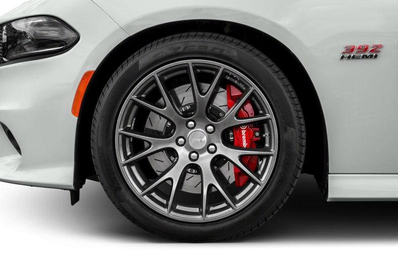 2017 dodge charger srt 392 4dr rear wheel drive sedan pictures. Black Bedroom Furniture Sets. Home Design Ideas