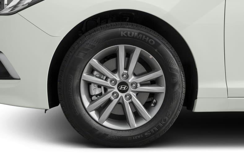 2015 Hyundai Sonata Exterior Photo