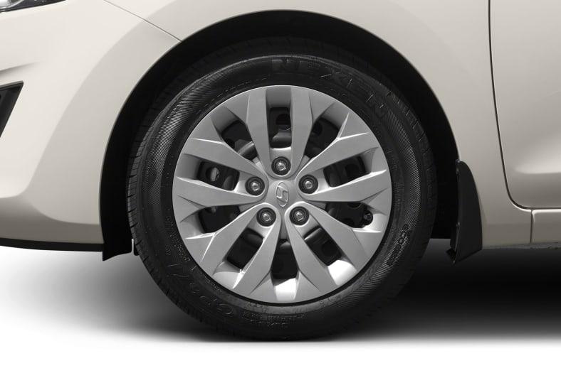 2016 Hyundai Elantra GT Exterior Photo