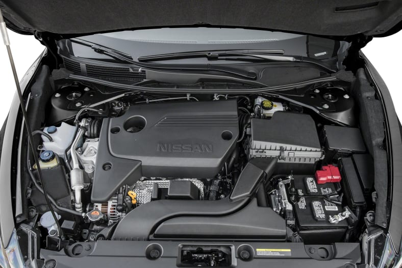 2017 Nissan Altima Exterior Photo