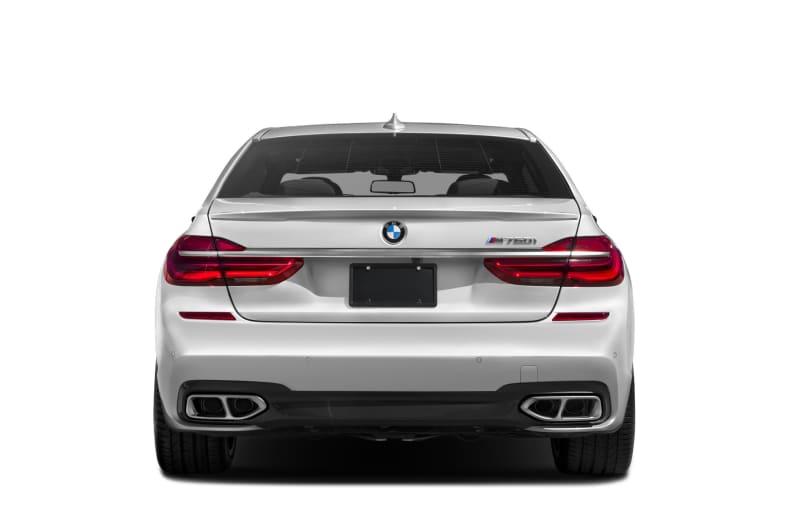 2017 BMW M760 Exterior Photo