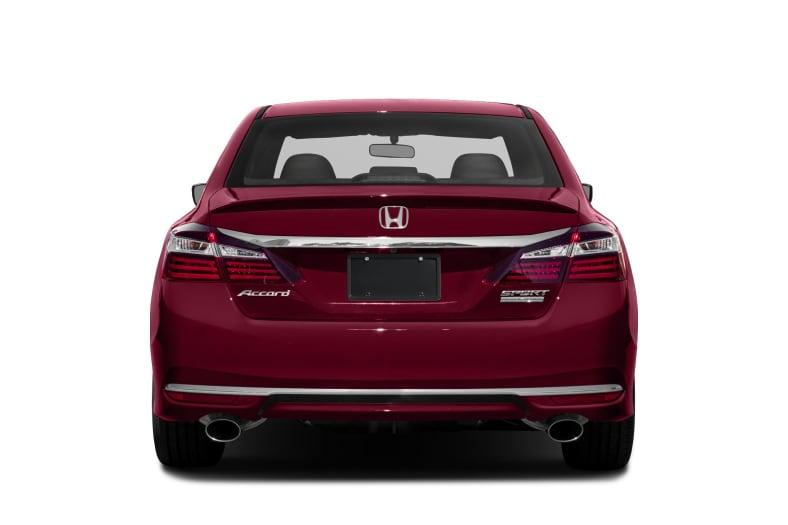2017 honda accord sport se 4dr sedan pictures autoblog - 2017 honda accord sport se interior ...