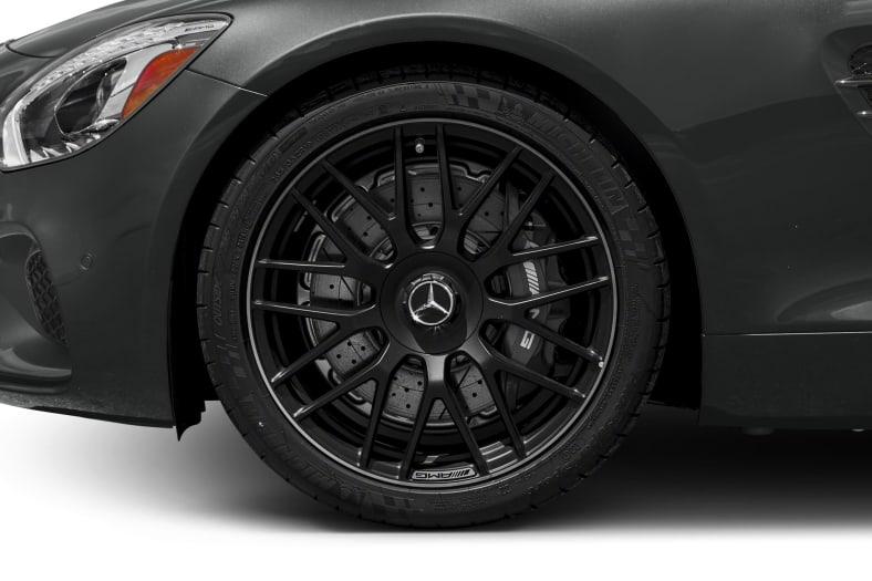 2017 Mercedes-Benz AMG GT Exterior Photo