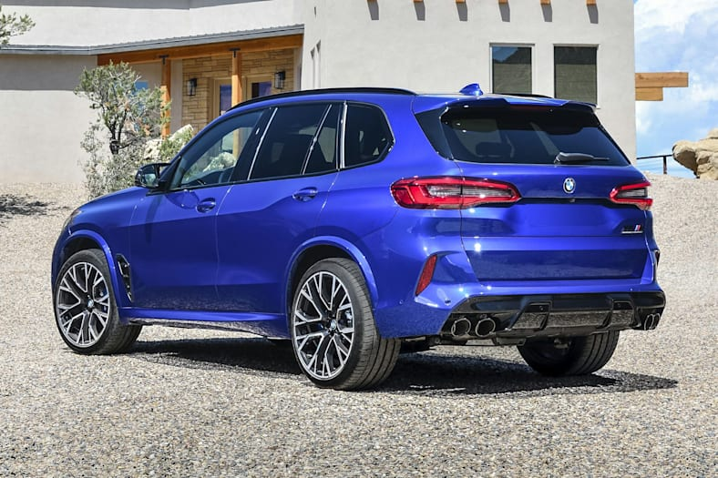 2021 BMW X5 M Pictures