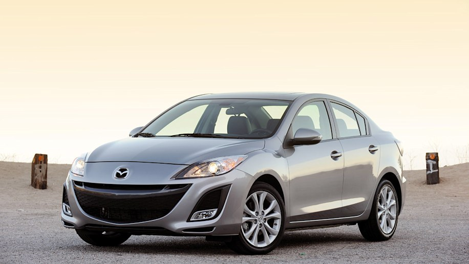 review 2010 mazda3 a tale of two mazdas autoblog. Black Bedroom Furniture Sets. Home Design Ideas
