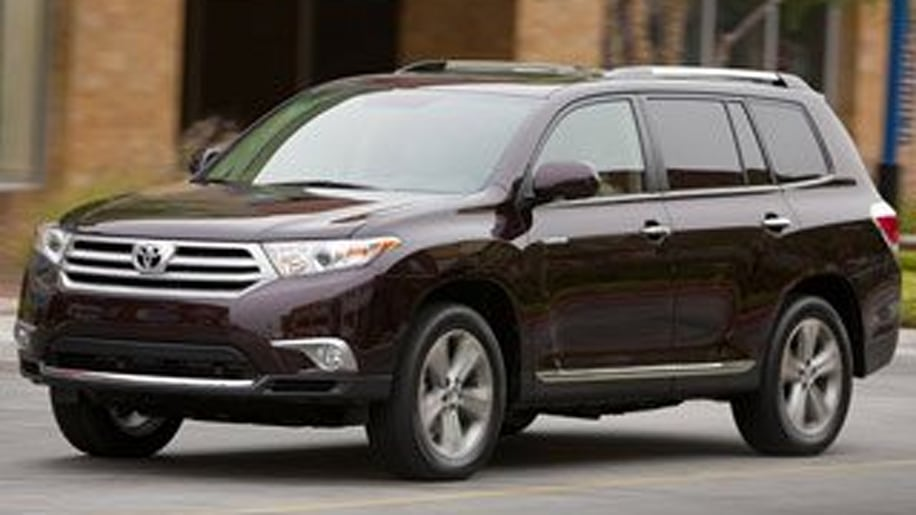 Midsize Crossover/SUV Third Place (tie): Toyota Highlander