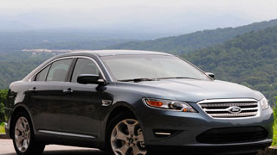 Ford Taurus Limited vs. Lincoln MKS