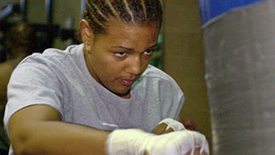 Boxing Great's Daughter Crashes Into Building