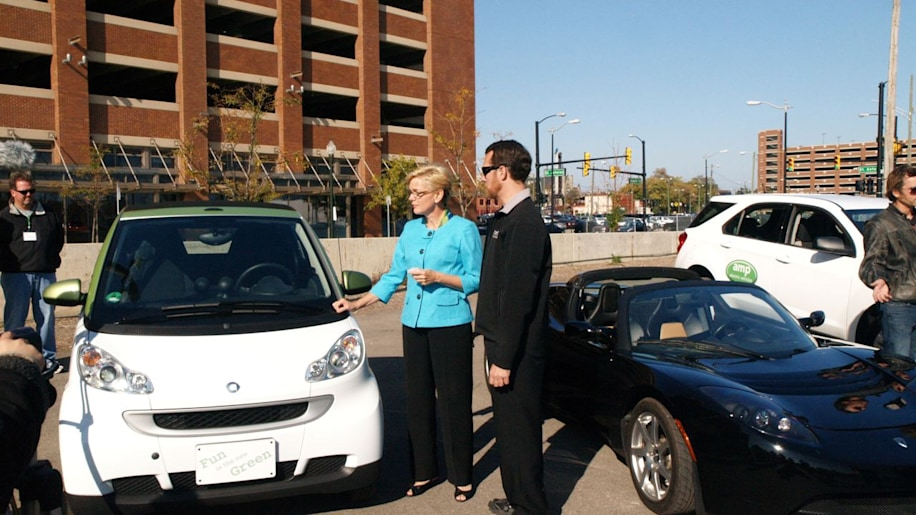 Michigan Governor Granholm drives plug-in cars