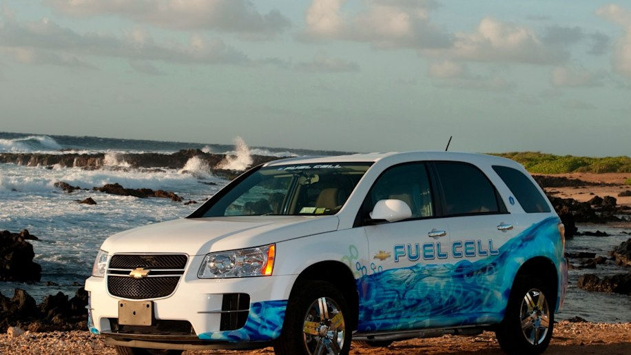 gm hydrogen fuel cell SUV in hawaii